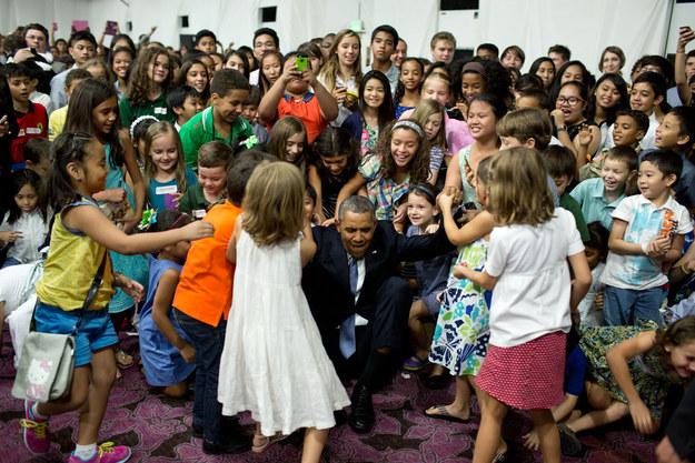 Obama-and-Kids3