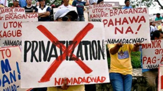 Citizens-Privatization-Of-Water-protest